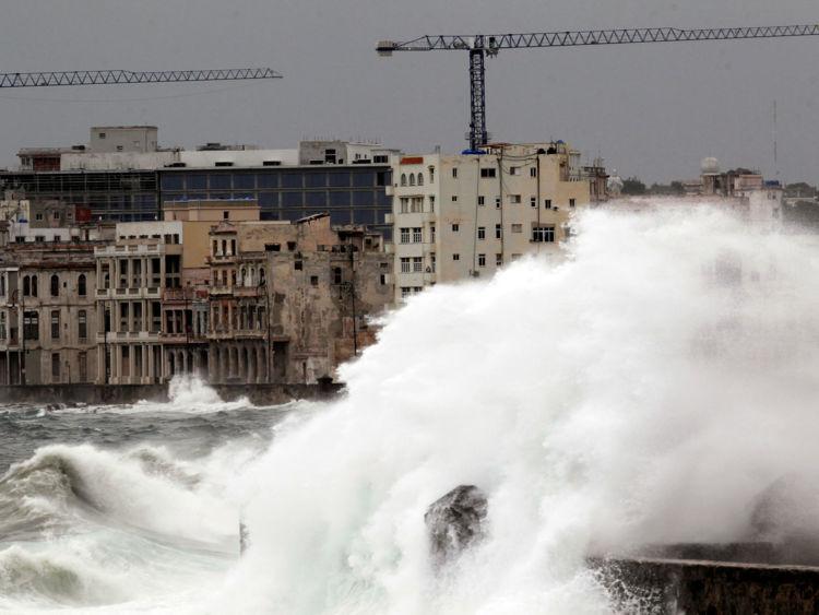 Des vagues de jusqu'à 11 millions de pates La Havane