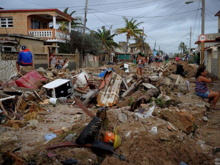Un quartier à La Havane est laissé en ruines après les vents de 130mph d'Irma