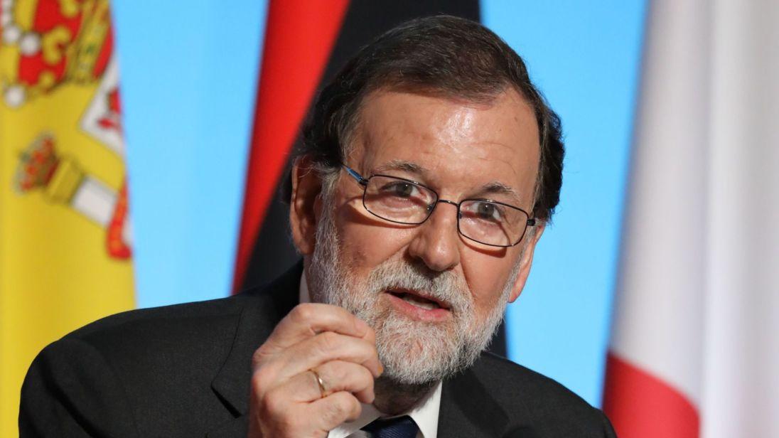 Le Premier ministre espagnol Mariano Rajoy assiste à une réunion avec les dirigeants de l'UE et de l'Afrique