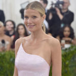 NEW YORK, NY - 01 MAI: Gwyneth Paltrow assiste à la Rei Kawakubo / Comme des Garcons: l'art de l'entre-deux. Costume Institute Gala au Metropolitan Museum of Art le 1er mai 2017 à New York. (Photo par Theo Wargo / Getty Images pour US Hebdomadaire)                             <img src=