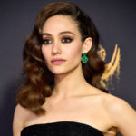 "LOS ANGELES, CA - SEPTEMBER 17: Actor Emmy Rossum attends the 69th Annual Primetime Emmy Awards at Microsoft Theater on September 17, 2017 in Los Angeles, California. (Photo by Frazer Harrison/Getty Images)"" class=""sdc-article-image-grid__image""/><noscript><br />                             <img src="