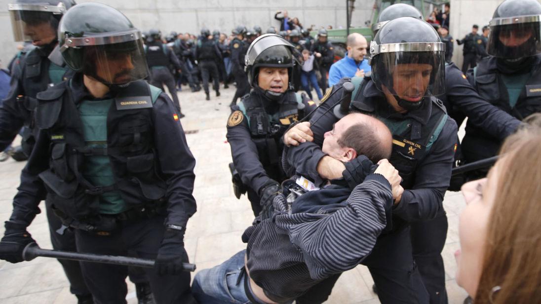 Scènes violentes en Catalogne