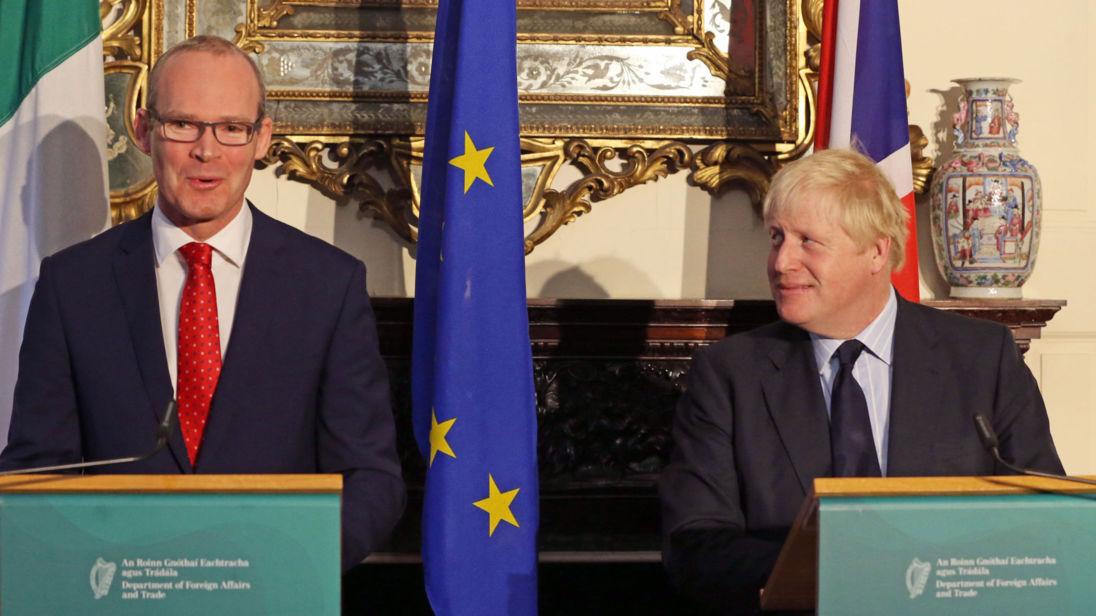 F Boris Johnson, secrétaire d'Etat, regarde lors d'une réunion avec le ministre irlandais des Affaires étrangères, Simon Coveney, à l'Iveagh House de Dublin. ASSOCIATION DE PRESSE Photo. Date de la photo: vendredi 17 novembre 2017. Voir l'histoire de l'AP POLITIQUE Johnson. Crédit photo devrait se lire comme suit: Brian Lawless / PA Wire