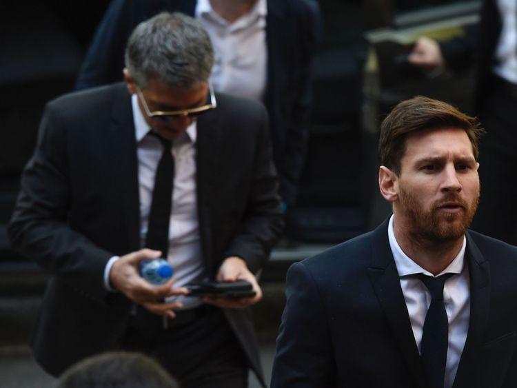 Lionel Messi et son père Jorge Horacio Messi ont été reconnus coupables de fraude fiscale en 2016