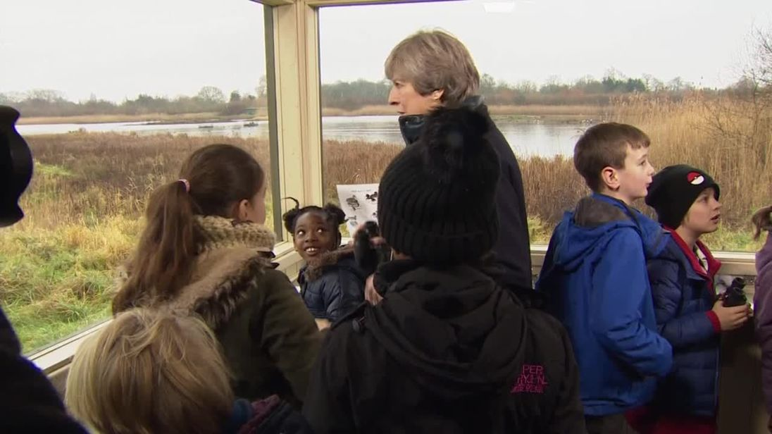 Theresa May nettoyer le Royaume-Uni sur 25 ans.