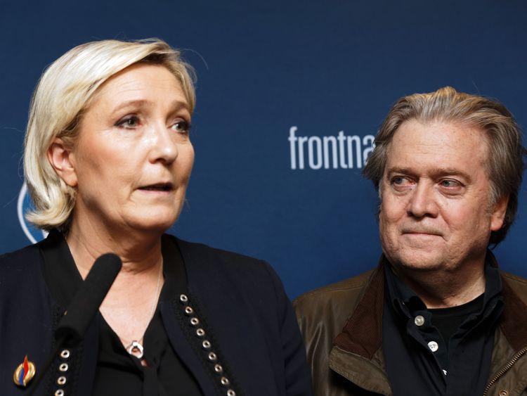 Marine Le Pen supervise une nouvelle image de son groupe