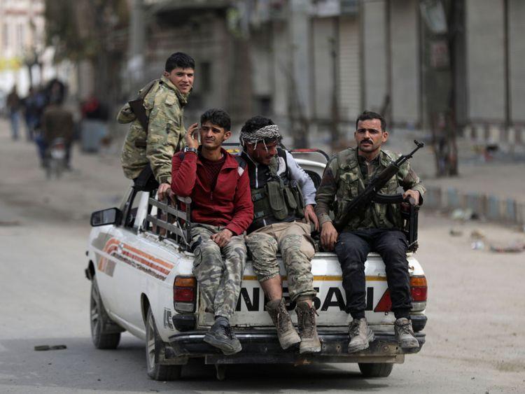 Combattants de l'armée syrienne libre soutenus par la Turquie à Afrin