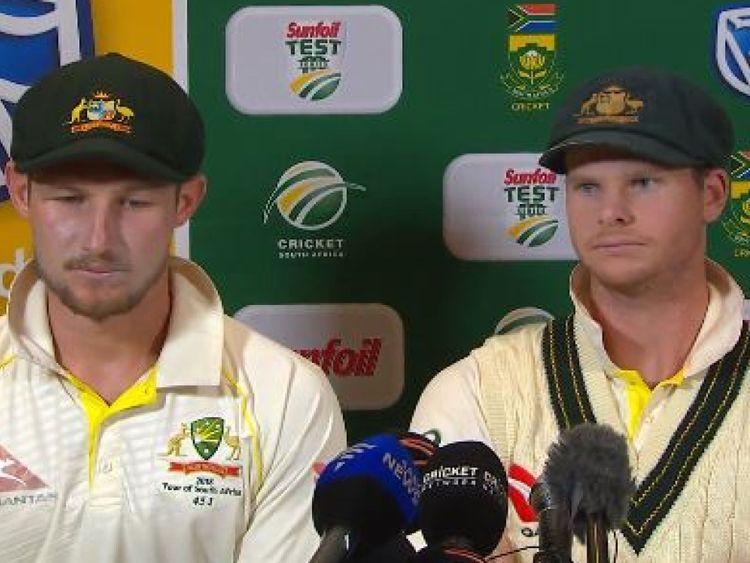 Les joueurs de cricket australiens Cameron Bancroft et Steve Smith admettent avoir manipulé la balle contre l'Afrique du Sud