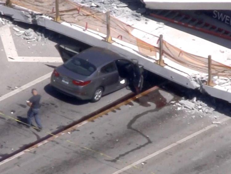 Il y a des rapports de Florida Highway Patrol qui sont morts