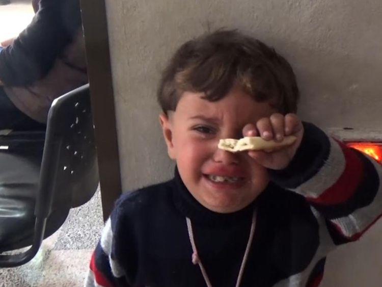Un enfant pleure dans un hôpital à Afrin, en Syrie [19659007] Imag e: </span><br />         <span class=