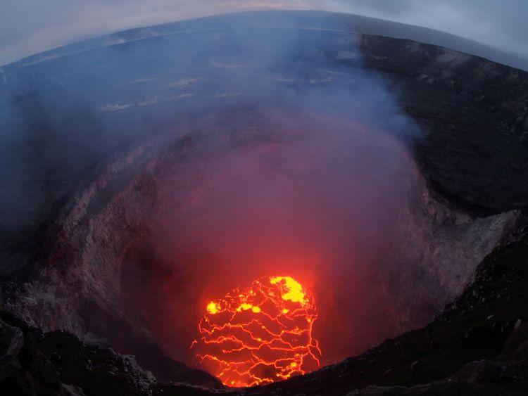 Le volcan Kilauea a commencé à éclater il y a huit jours
