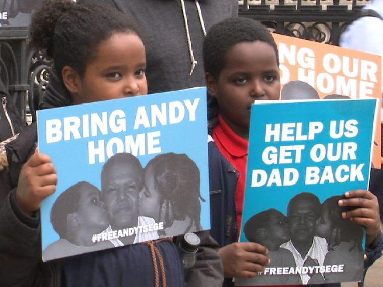 Protester contre l'emprisonnement d'Andy Tsege