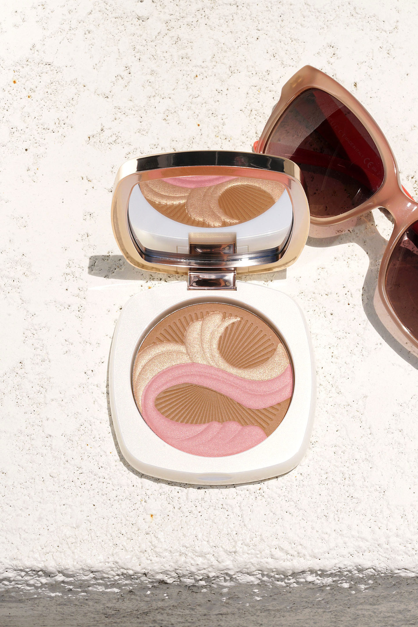 La Mer Bronzing Powder 2018 Revue + Échantillons via The Beauty Look Book