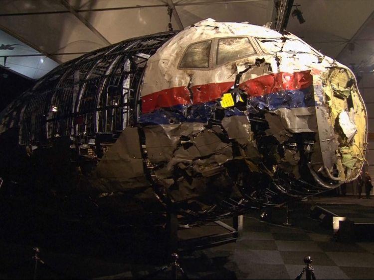 Des fragments de l'avion ont été reconstruits par des enquêteurs
