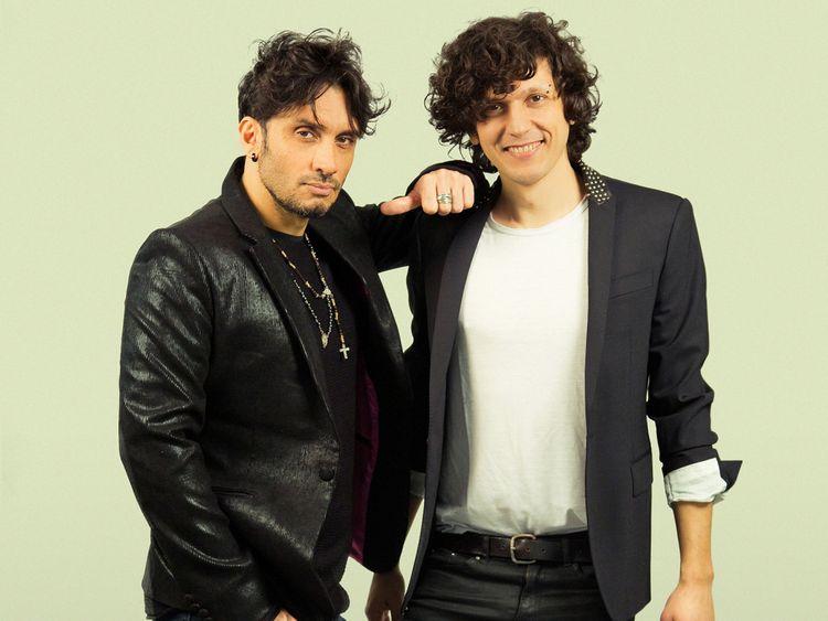 Ermal Meta et Fabrizio Moro chantant pour l'Italie cette année. Pic: Paolo De Francesco