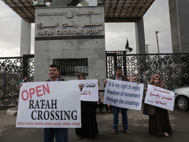 Les Gazaouis sont également limités par le passage de Rafah avec l'Egypte