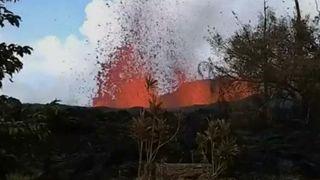 """Lava détruit le jardin de l'homme à Hawaii """"srcset ="""" https://e3.365dm.com/18/05/320x180/skynews-lava-hawaii-garden_4303710.jpg?20180508064840 320w, https: //e3.365dm.com/18/05/640x380/skynews-lava-hawaii-garden_4303710.jpg?20180508064840 640w, https://e3.365dm.com/18/05/736x414/skynews-lava-hawaii-garden_4303710 .jpg? 20180508064840 736w, https://e3.365dm.com/18/05/992x558/skynews-lava-hawaii-garden_4303710.jpg?20180508064840 992w, https://e3.365dm.com/18/05/10 96x616 / skynews-lava-hawaii-garden_4303710.jpg? 20180508064840 1096w, https://e3.365dm.com/18/05/1600x900/skynews-lava-hawaii-garden_4303710.jpg?20180508064840 1600w, https: // e3. 365dm.com/18/05/1920x1080/skynews-lava-hawaii-garden_4303710.jpg?20180508064840 1920w, https://e3.365dm.com/18/05/2048x1152/skynews-lava-hawaii-garden_4303710.jpg?20180508064840 2048w """"tailles ="""" (min-largeur: 900px) 992px, 100vw"""