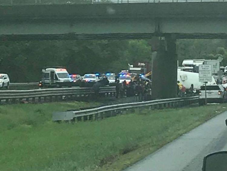 Services d'urgence sur les lieux de l'accident
