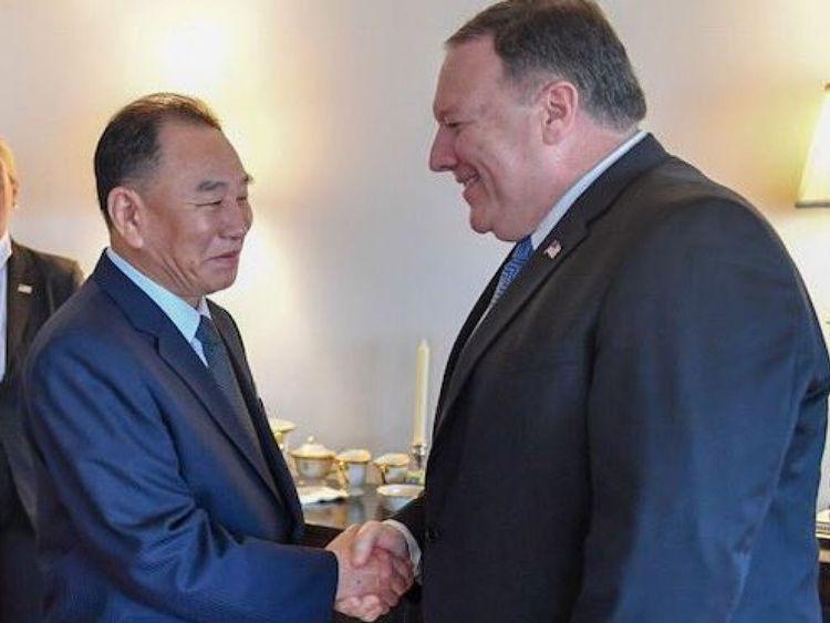 Kim Yong Chol et le secrétaire d'État américain ont mangé du steak, du maïs et du fromage pendant leur dîner de travail à New York