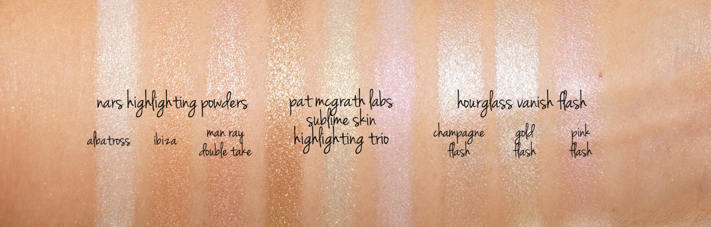 Pat McGrath Sublime Skin sélectionnant les nuances de Trio par rapport aux surligneurs NARS et aux surligneurs Flash