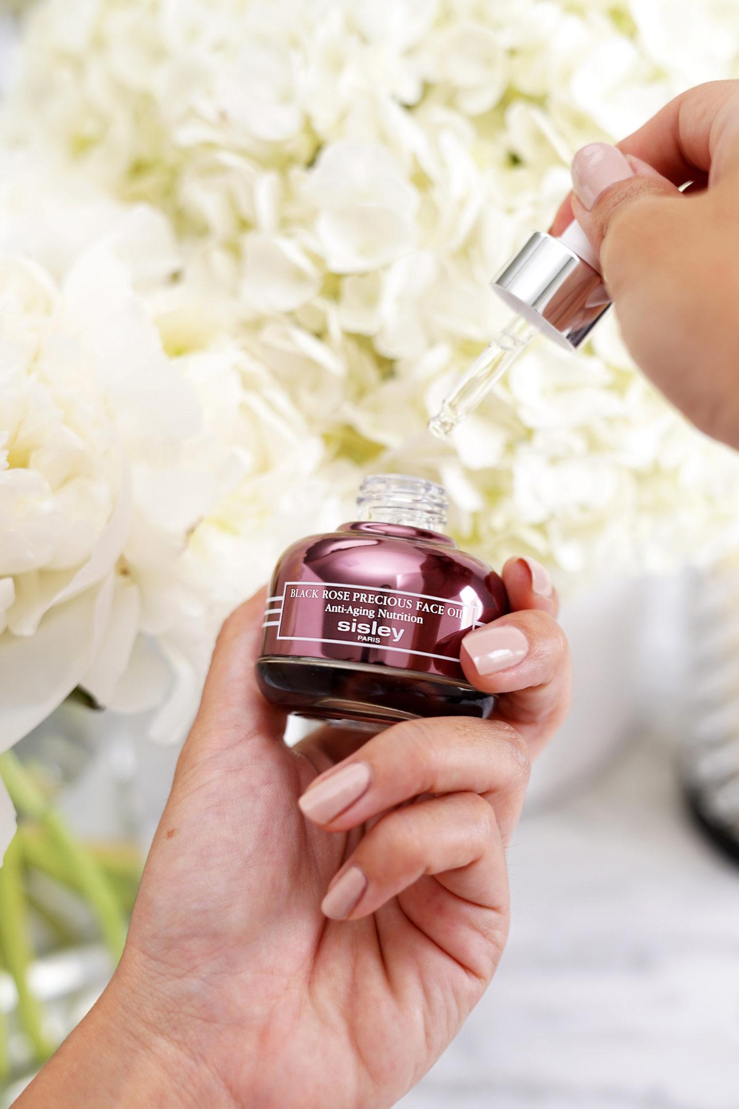 Sisley Black Rose huile pour le visage précieux | Le livre de beauté