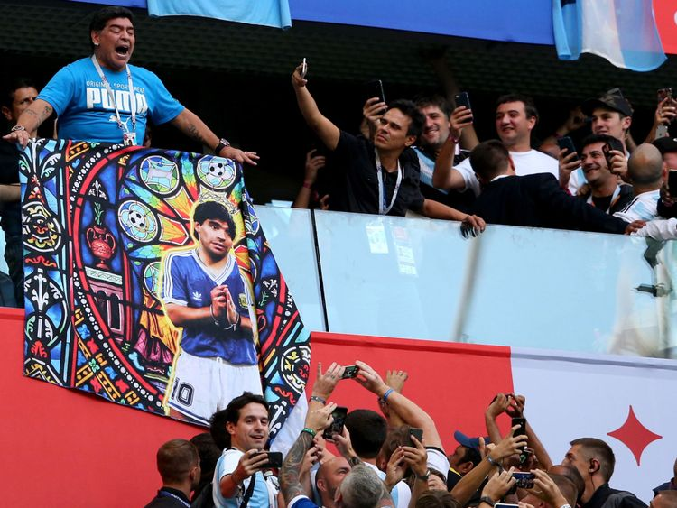Diego Maradona lors de l'affrontement de la Coupe du Monde contre le Nigeria en Argentine