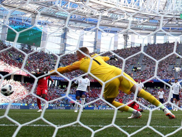 Felipe Baloy obtient un but de consultation contre l'Angleterre