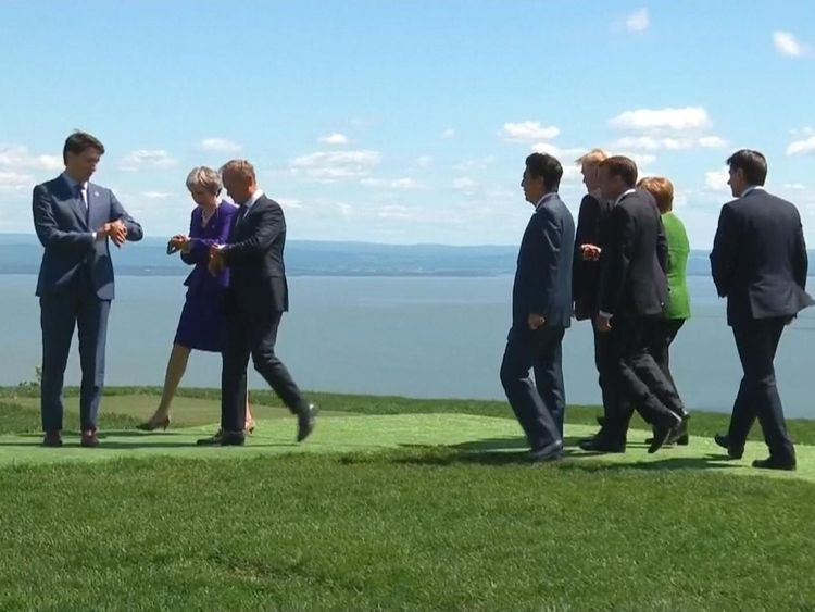 Les dirigeants mondiaux posent pour une photo de famille au sommet du G7 de Charlevoix, La Malbaie, Québec, Canada, 8 juin , 2018