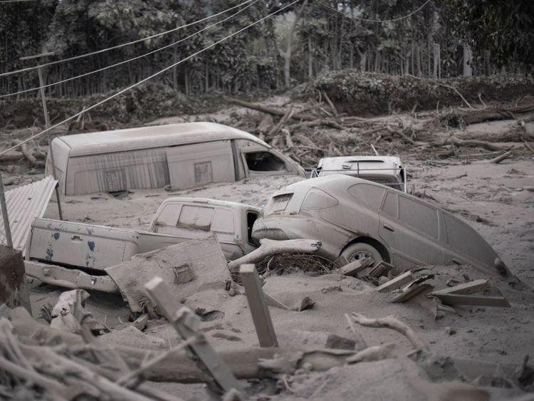 Dommages causés dans le village de San Miguel Los Lotes