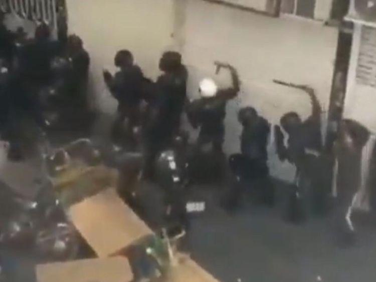 La police anti-émeute était en pleine force mardi à Téhéran, selon des témoins