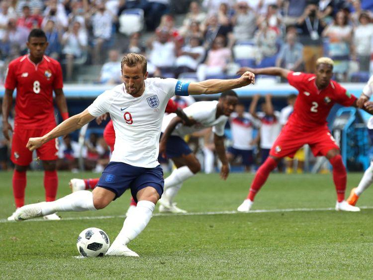 Kane marque la deuxième place de l'Angleterre et son premier