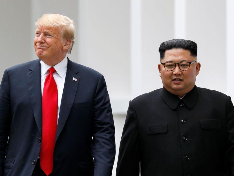 Donald Trump et Kim Jong Un Donald Trump et Kim Jong Un se sont rencontrés à Singapour </span><br />       </figcaption></figure> </div> <p> Le gouvernement américain a fait la vidéo pour aider à persuader M. Kim de conclure un marché, a déclaré un responsable de la Maison Blanche «/></p></div><figcaption class=