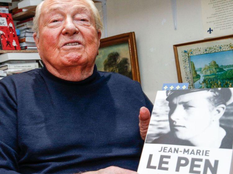 Les mémoires de M. Le Pen ont été publiés en 2018