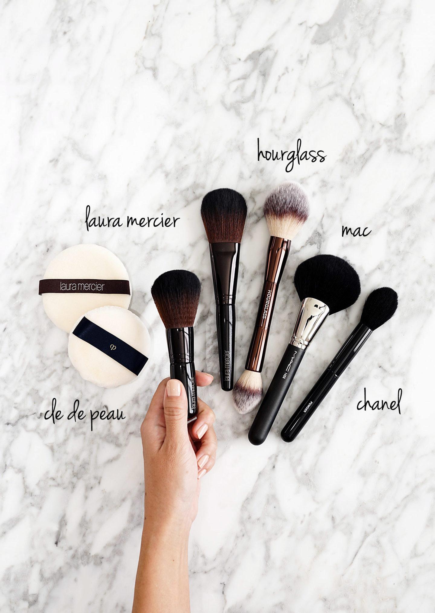 Meilleurs pinceaux de maquillage et souffles pour la mise en poudres
