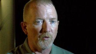 """Stone County Sheriff Doug Rader fournit une mise à jour sur l'opération de sauvetage sur Table Rock Lake dans le Missouri, après un bateau de canard a coulé dans de mauvaises conditions """"srcset ="""" https://e3.365dm.com/18/07/320x180/skynews-doug- rader-pierre-comté-sheriff_4366534.jpg? 20180720072322 320w, https://e3.365dm.com/18/07/640x380/skynews-doug-rader-stone-county-sheriff_4366534.jpg?20180720072322 640w, https: // e3.365dm.com/18/07/736x414/skynews-doug-rader-stone-county-sheriff_4366534.jpg?20180720072322 736w, https://e3.365dm.com/18/07/992x558/skynews-doug-rader -stone-county-sheriff_4366534.jpg? 20180720072322 992w, https://e3.365dm.com/18/07/1096x616/skynews-doug-rader-stone-county-sheriff_4366534.jpg?20180720072322 1096w, https: // e3 365 jours /. pierre-comté-sheriff_4366534.jpg? 20180720072322 1920w, https://e3.365dm.com/18/07/2048x1152/skynews-doug-rader-stone-county-she riff_4366534.jpg? 20180720072322 2048w """"tailles ="""" (min-largeur: 900px) 992px, 100vw"""
