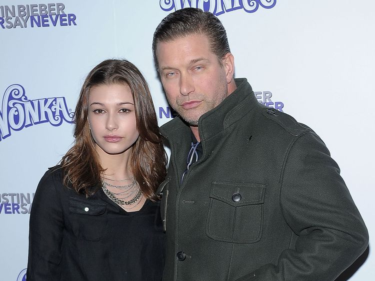 Hailey Baldwin et Stephen Baldwin ensemble en 2011