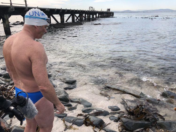 La formation a impliqué plusieurs heures de baignade en eau froide chaque jour