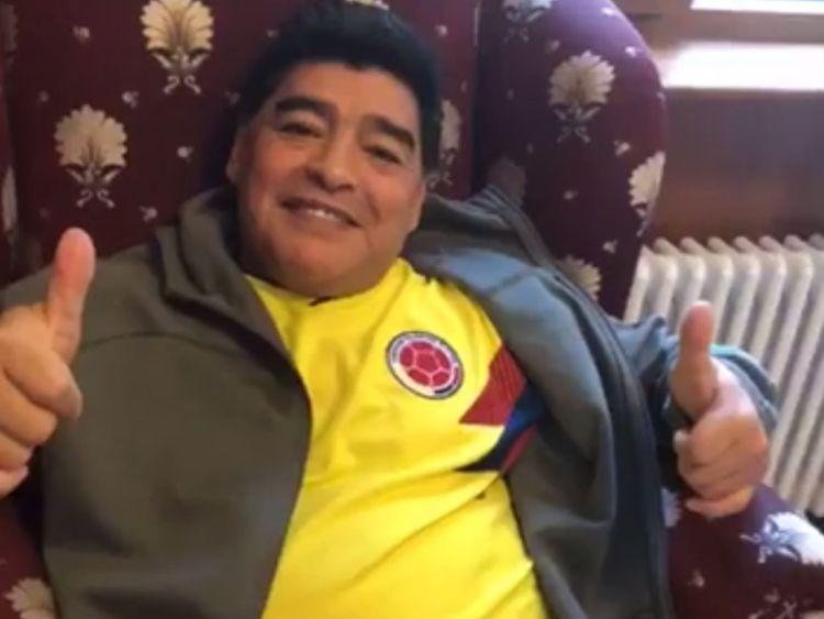 L'Argentin portant une chemise Colombie sur Instagram. Pic: Maradona / Instagram
