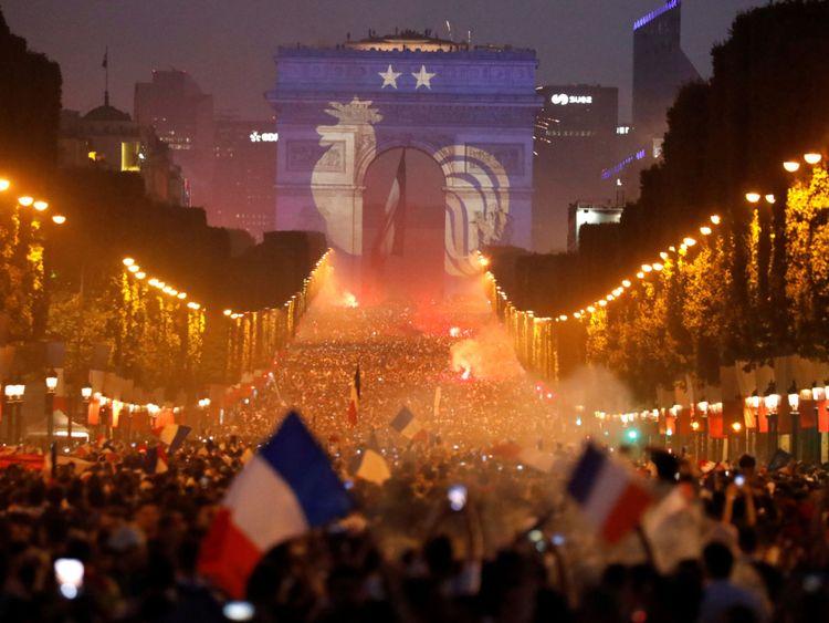 La France célèbre la victoire en Coupe du monde