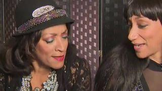 Les soeurs sur luge rendent hommage à Aretha Franklin