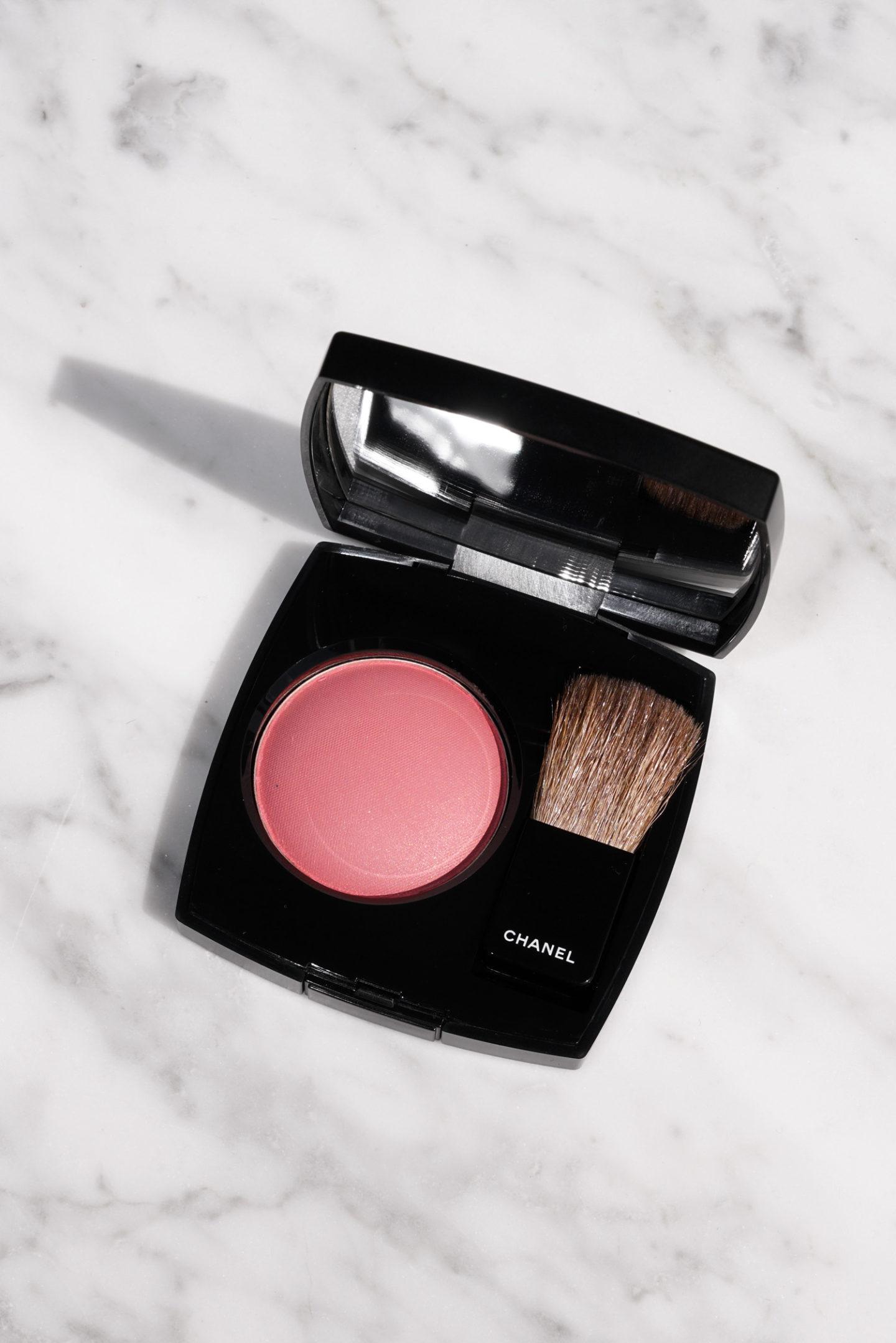 Chanel Poudre Blush Quintessence Review | Le livre de beauté