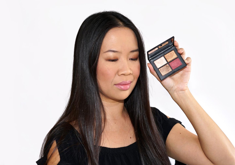 NARS Eyeshadow Quad à Singapour + Rouge à lèvres en désobéissance | Le livre de beauté