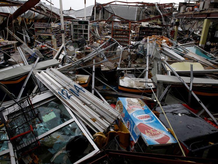 Un supermarché détruit à Guayama, à Porto Rico