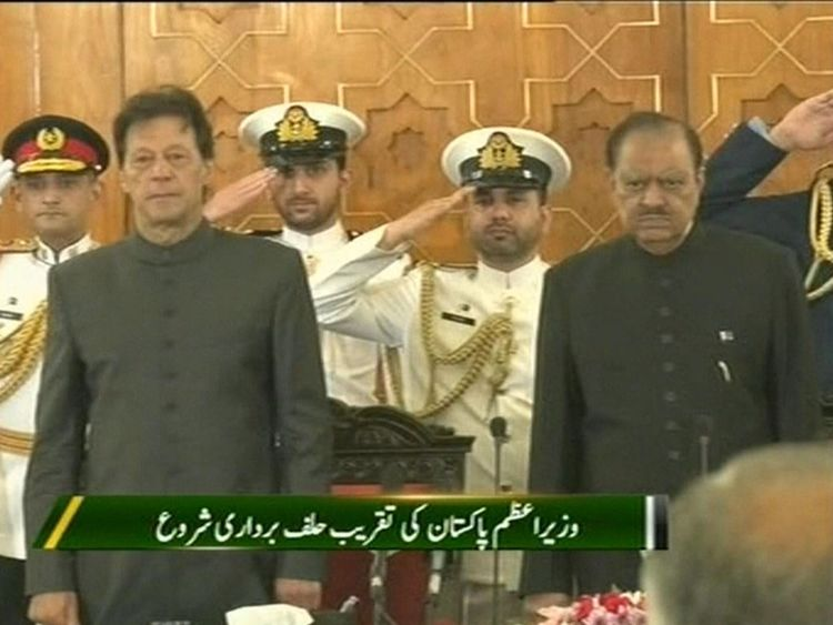 Imran Khan est assermenté Premier ministre du Pakistan