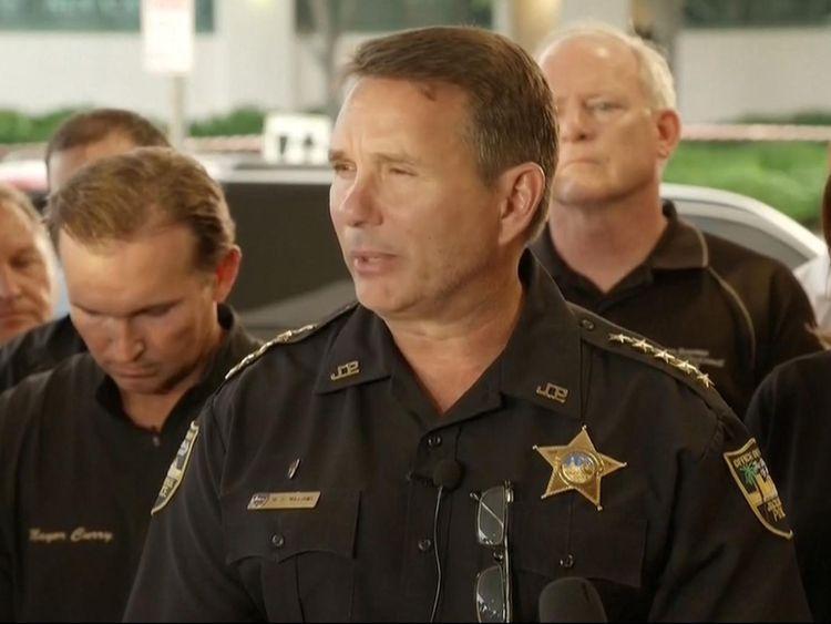 La police publie des informations sur un suspect de Floride