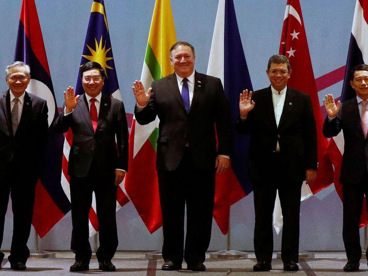 Mike Pompeo a mis en garde la Russie et la Chine contre les sanctions imposées par la Corée du Nord