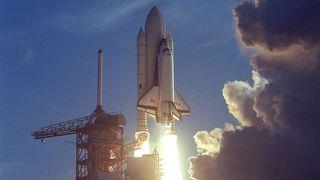 """La navette spatiale est lancée pour la première fois en 1981 """"srcset ="""" https://e3.365dm.com/18/07/320x180/skynews-nasa-shuttle_4373936.jpg?20180728130118 320w, https://e3.365dm.com /18/07/640x380/skynews-nasa-shuttle_4373936.jpg?20180728130118 640w, https://e3.365dm.com/18/07/736x414/skynews-nasa-shuttle_4373936.jpg?20180728130118 736w, https: // e3 .365dm.com / 18/07 / 992x558 / skynews-nasa-shuttle_4373936.jpg? 20180728130118 992w, https://e3.365dm.com/18/07/1096x616/skynews-nasa-shuttle_4373936.jpg?20180728130118 1096w, https : //e3.365dm.com/18/07/1600x900/skynews-nasa-shuttle_4373936.jpg? 20180728130118 1600w, https://e3.365dm.com/18/07/1920x1080/skynews-nasa-shuttle_4373936.jpg? 20180728130118 1920w, https://e3.365dm.com/18/07/2048x1152/skynews-nasa-shuttle_4373936.jpg?20180728130118 2048w """"tailles ="""" (min-width: 900px) 992px, 100vw"""