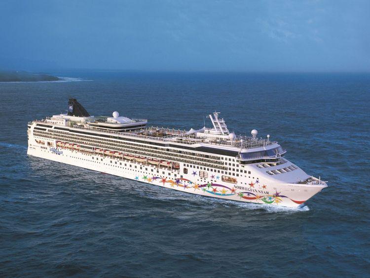 La femme est tombée du bateau de croisière Norwegian Star. Pic: Norwegian Cruise Line
