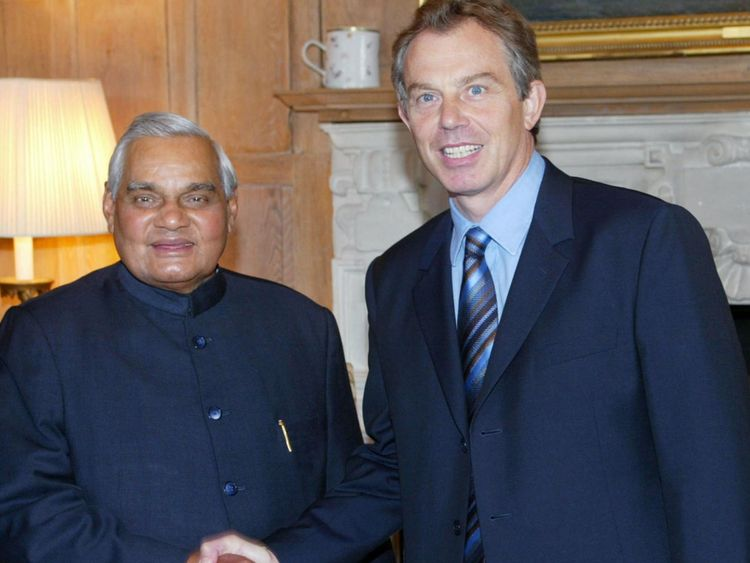 Tony Blair avec Atal Behari Vajpayee en 2002