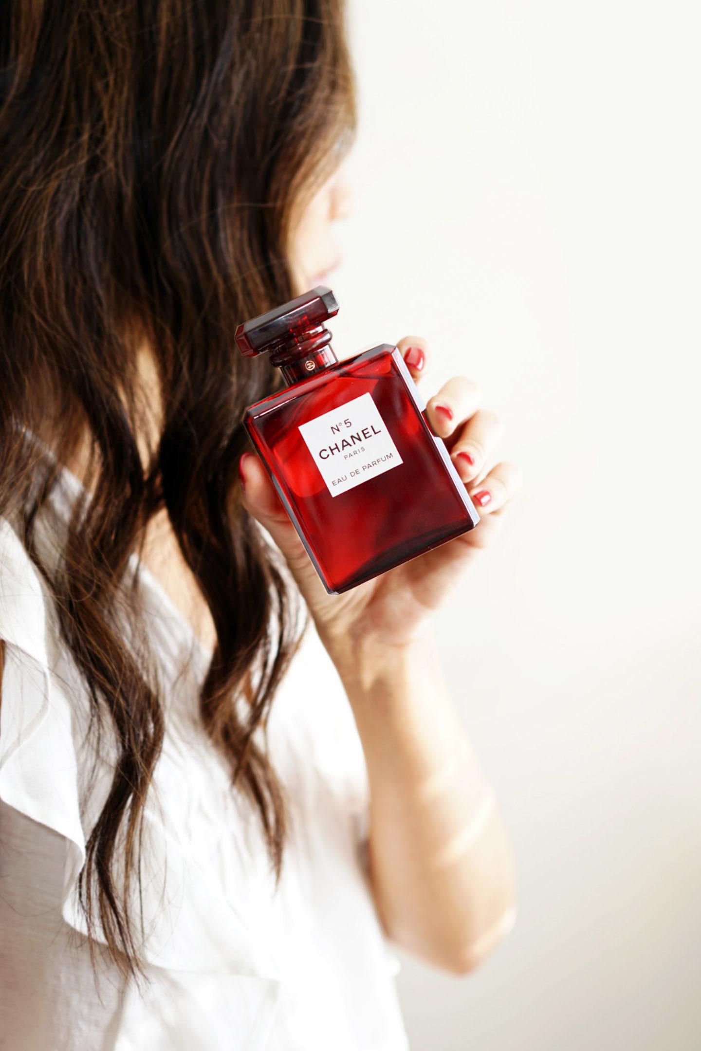 Eau de parfum Chanel No 5, édition rouge, vacances 2018 | Le look book beauté